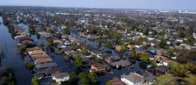 Hurricane Katrina causes extensive flooding